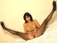 Momsinpantyhose.com milf pantyhose